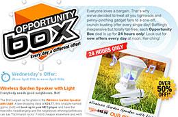 Ofertas del día en las 'Opportunity Box' de Firebox, hoy 50% de descuento en la lámpara de jardín con altavoces, luz y control remoto